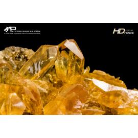 Gesso cristallizzato arancione (var. Selenite)